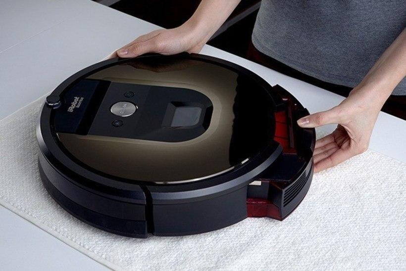 Testime robottolmuimejat! Kas see ikka teeb kodu tõeliselt puhtaks?