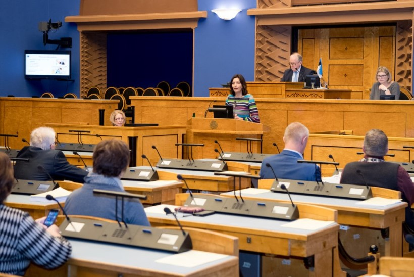 Riigikogu arutas ravijärjekordade lühendamist: tugevdada on vaja esmatasandit