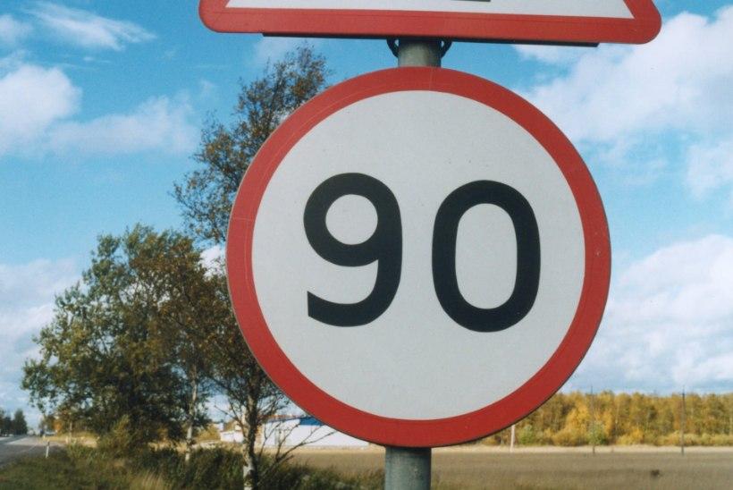 Esmaspäevastmaanteedel kiirusega 100 ja 110 km/h  sõita ei lubata