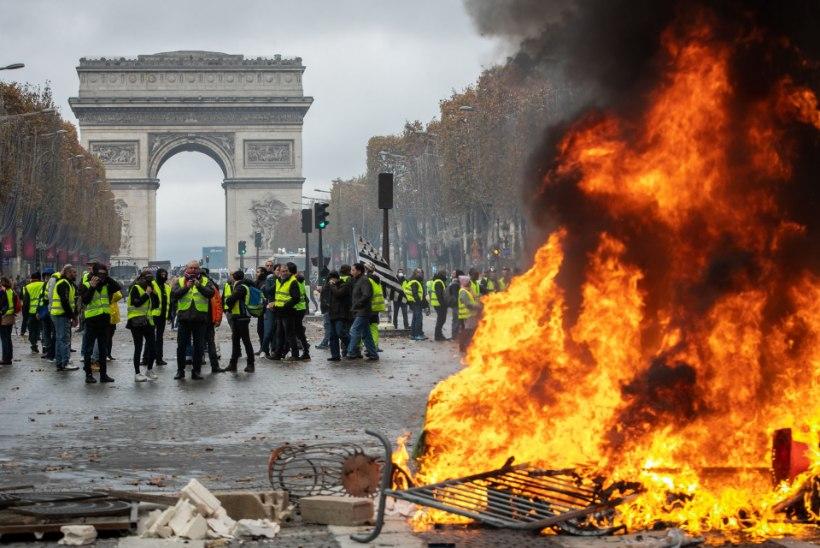 FOTOD JA VIDEO | Prantsusmaa kütuseprotestides osales 106 000 inimest: politsei lasi käiku pisargaasi ja veekahurid