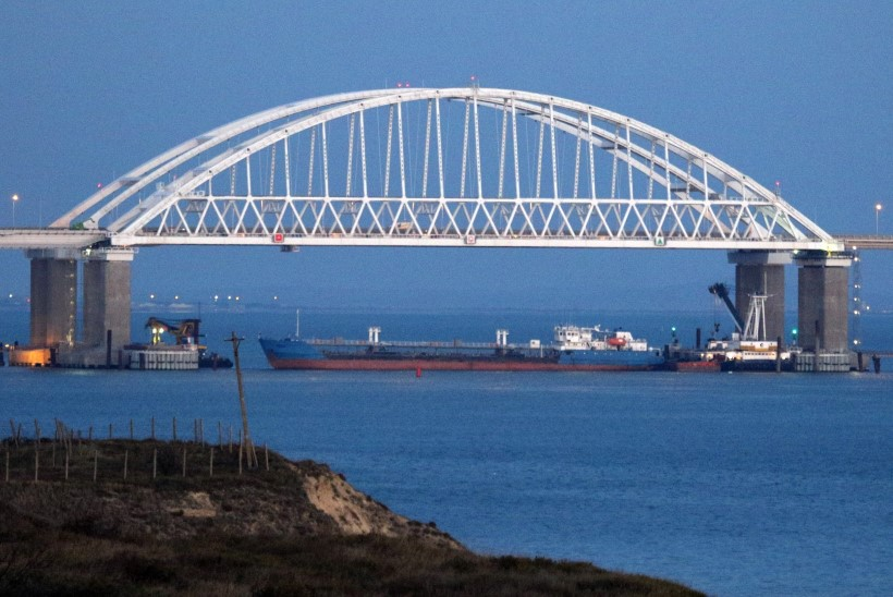 FOTOD | Venemaa blokeeris Kertši väina ja hõivas kolm Ukraina alust