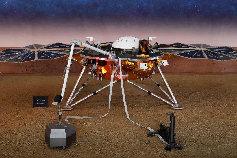 NASA robot maandus Marsi pinnal