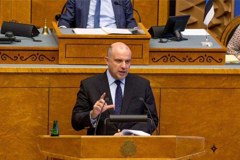 Kaitseminister Luik: Ukrainas võib täiemõõtmeline sõjaline konflikt lahvatada iga hetk