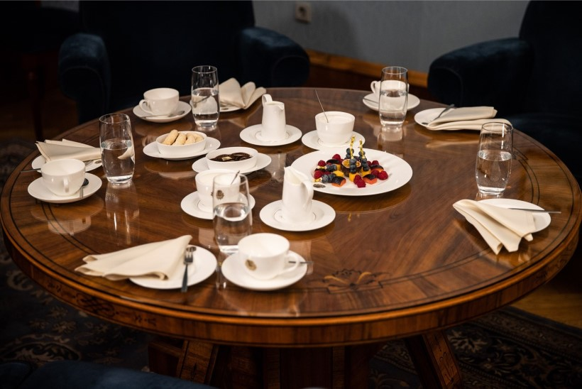 GALERII   President Kaljulaidnimetas ametisse siseministri