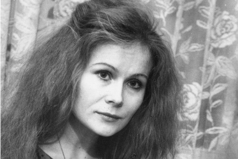 """Luuletaja Priidu Beier: """"Olen olnud Doris Karevasse korduvalt armunud, aga ei ole mingisugust vastuarmastust leidnud!"""""""