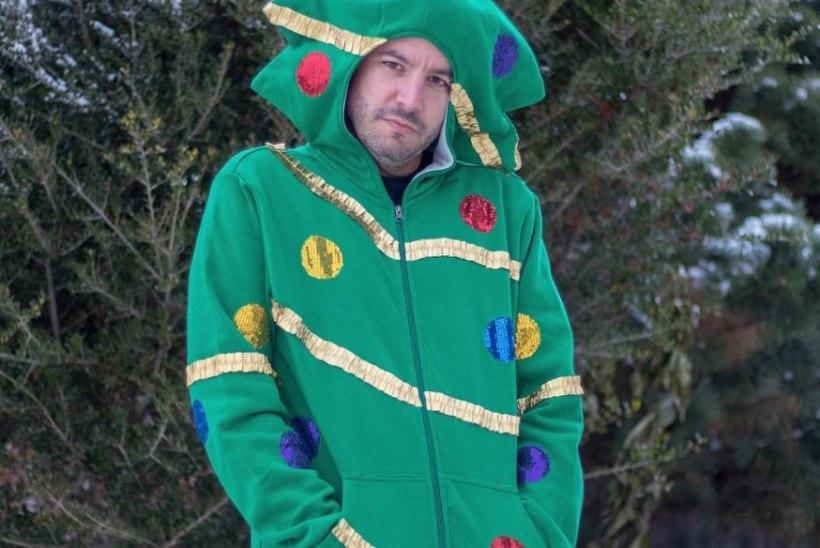 INSTAGRAMI STAAR: mees, kes kogub fänne koledate jõuluriietega