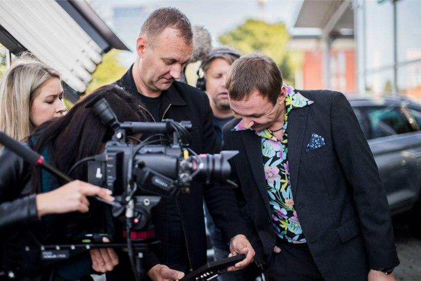 """""""Elu hammasratastel"""" sai hoo sisse ja Henrik Normann alustab juba uue mängufilmi võtetega"""