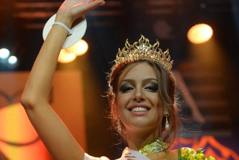 Malaisia kuningaga naitunud Miss Moskva viidi viljakuskliinikusse