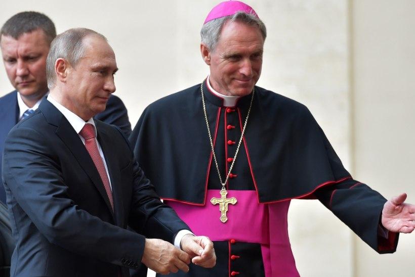 SEGADUS: miks paljastab austatud kirikuisa Schumacherite saladusi?