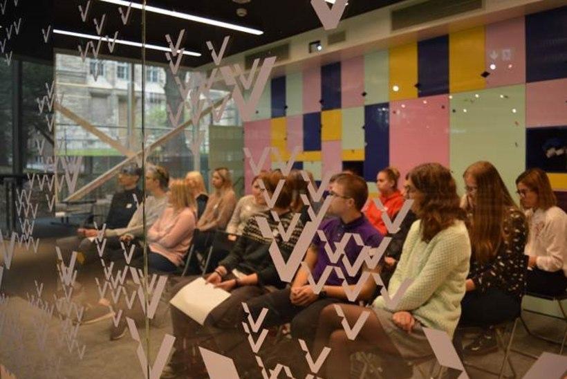 Vabamus  avatakse eesti ja vene noorte loodud ajaloonäitus