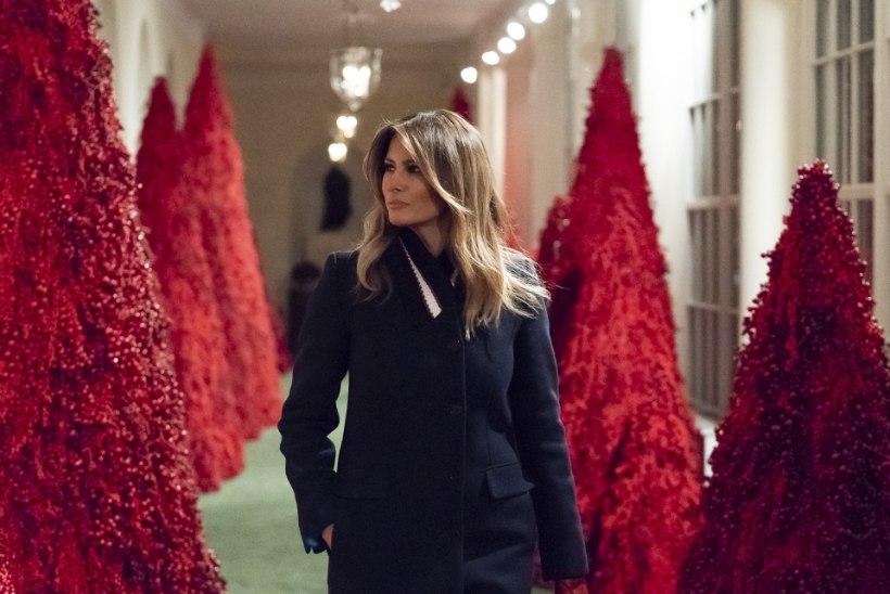 Melania Trump kaitseb oma veripunaseid kunstkuuski