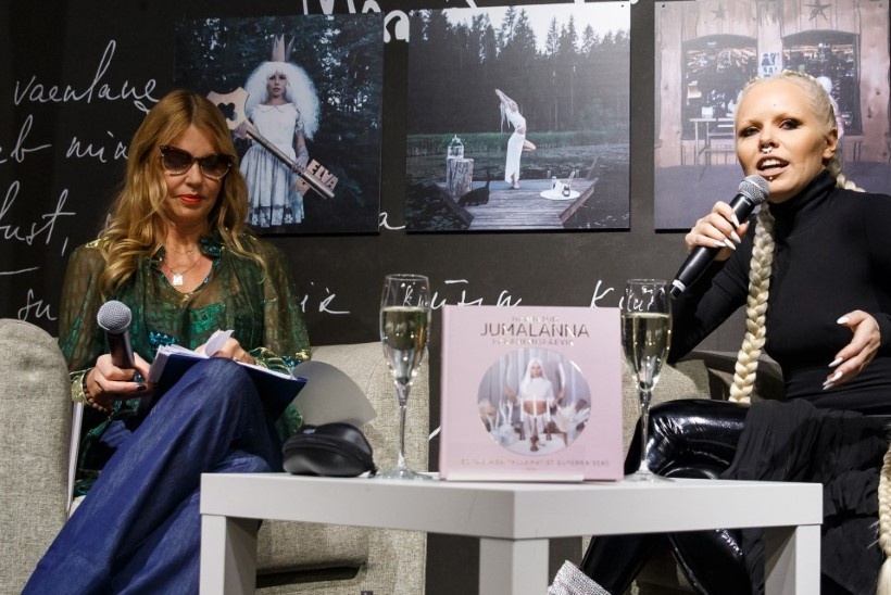 PILDID | Kerli Kõiv esitles oma raamatut, milles õpetab, kuidas saada tallamatist supernaiseks