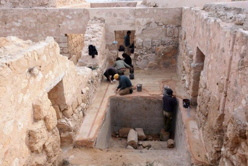 Leht: väljakaevamistelt leiti Jeesuse ristilööja sõrmus!