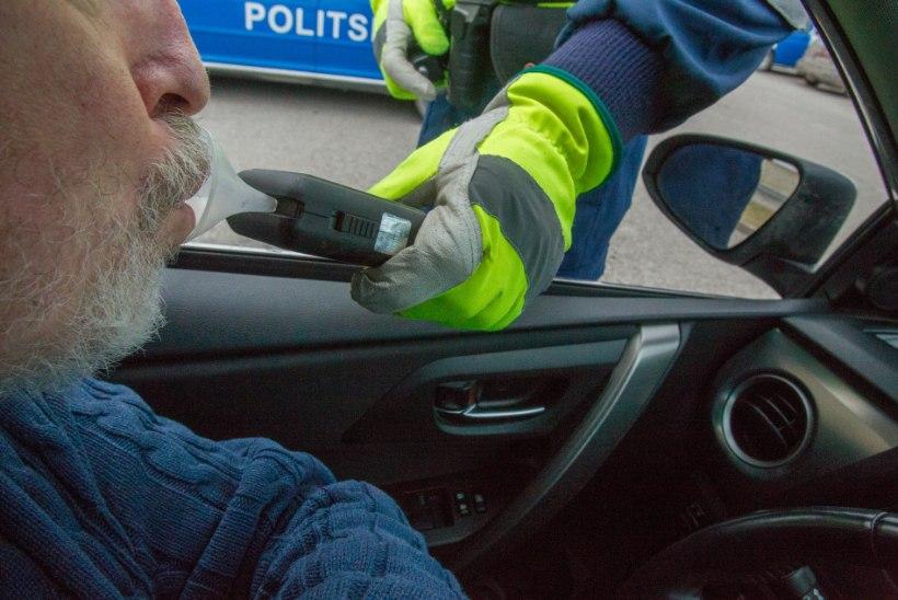Prokurör kaitses roolijoodikut: ta sõitis ajal, kui Tallinna liiklus oli rahunenud