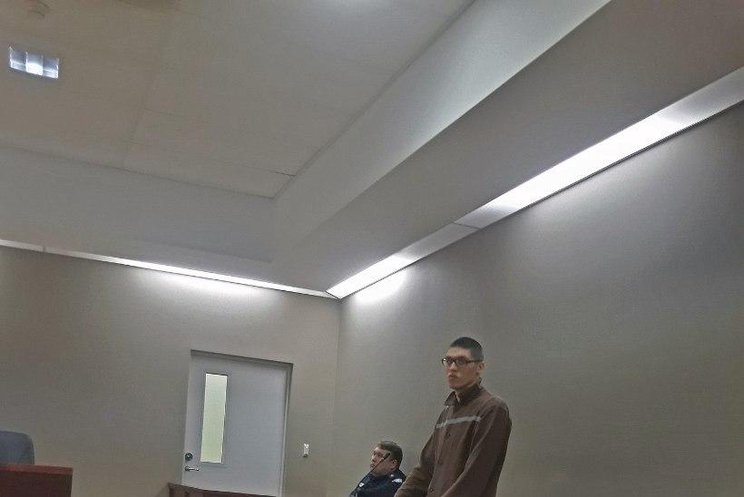 Ametnikku veekeeduseadmega rünnanud mõrvar võitleb korra eest vanglas