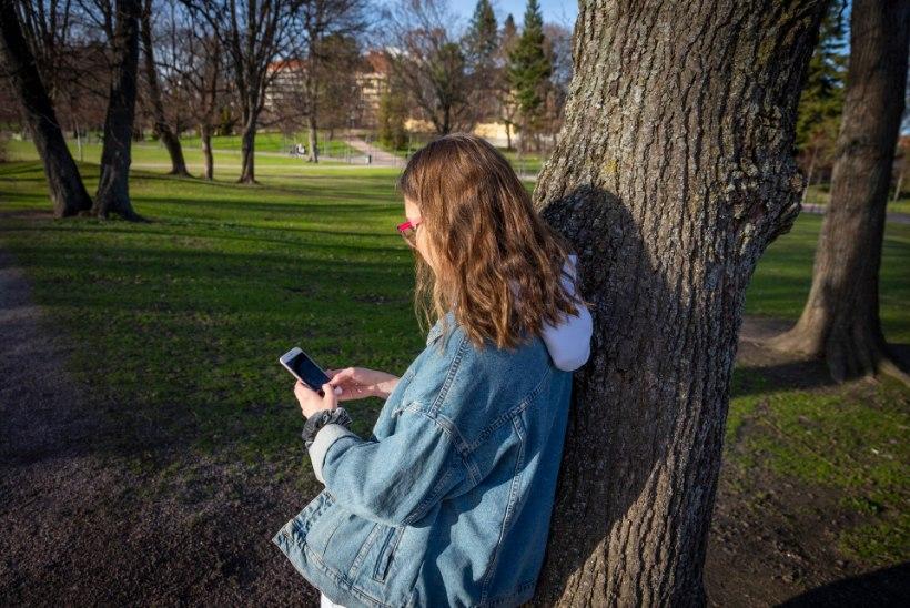 """Nutitelefon – nüüdisaegne """"narkootikum"""" röövib lastelt tähelepanu, langetab õppimisvõimet ja võib tagatipuks muuta agressiivsekski"""