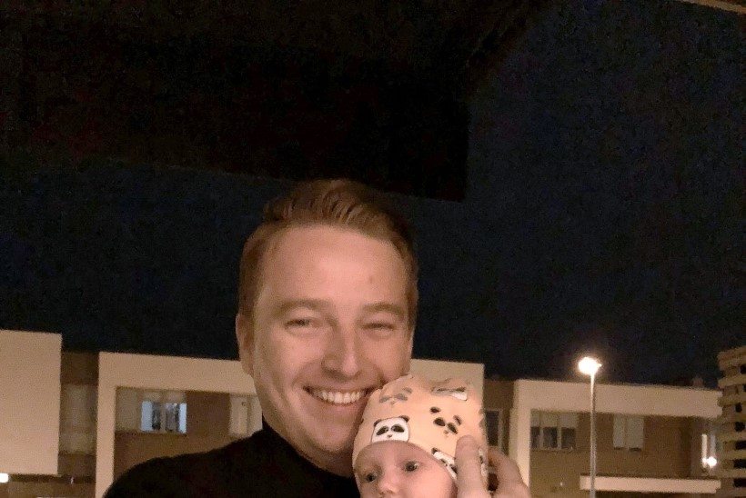 """Marek Lindmaa isaks olemisest: """"Kahekuune Isabel on mu juba ümber sõrme keeranud."""""""