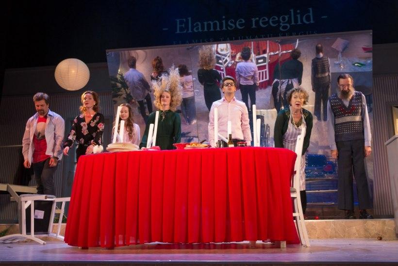 GALERII | Vanemuine tõi lavale komöödia untsuläinud jõuluõhtust