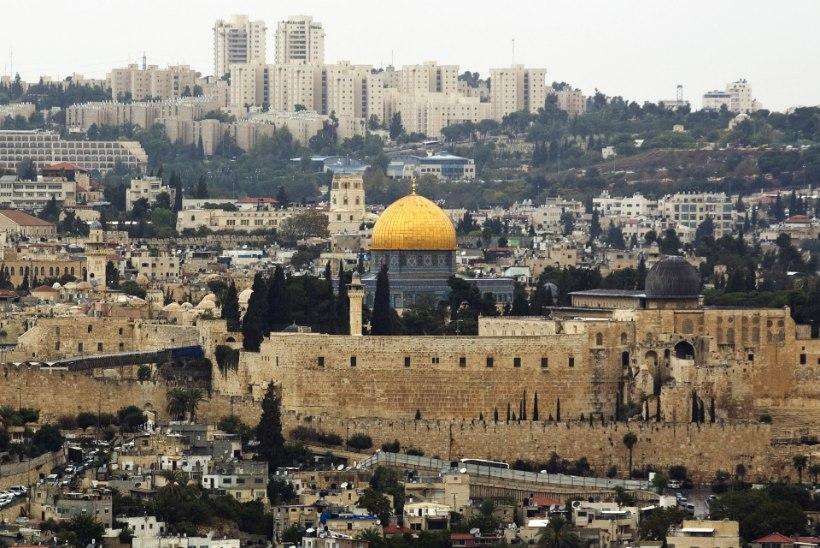 USA poliitik: juudid ja moslemid peaks rahu nimel kristluse omaks võtma