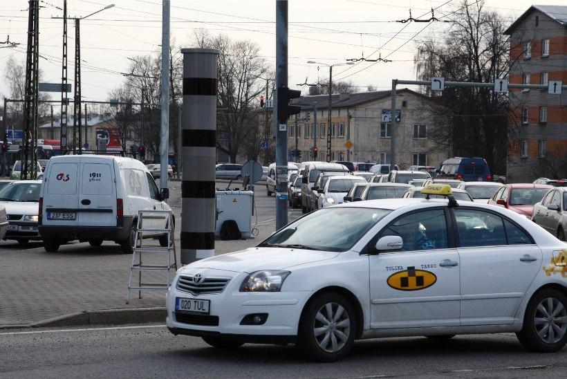VIDEO   Tallinnas Viru peatuses on sagenenud valetaksode ohvriks langemine