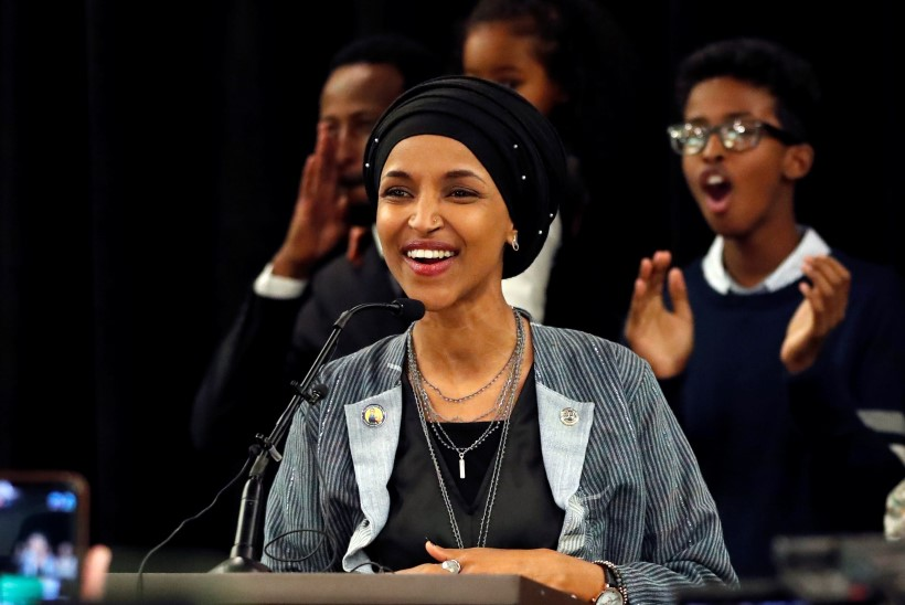 Naised ja vähemuste esindajad tegid USA vahevalimistel ajalugu
