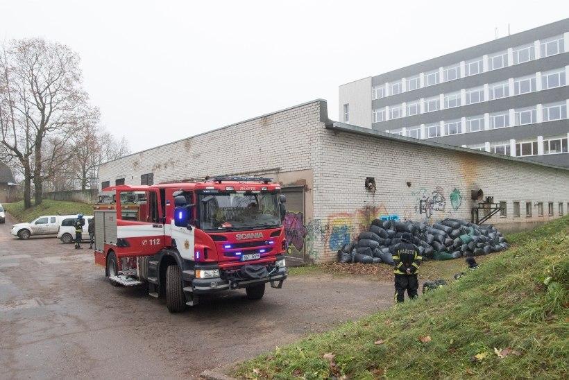 GALERII | Elektrita pole e-riiki: põleng alajaamas peatas PRIA töö