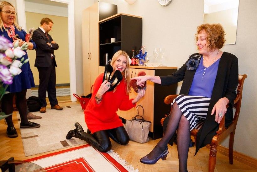 FOTOD | Paljastatud! Maire Aunastel on riigikogu kabinetis korralik salakingavaru