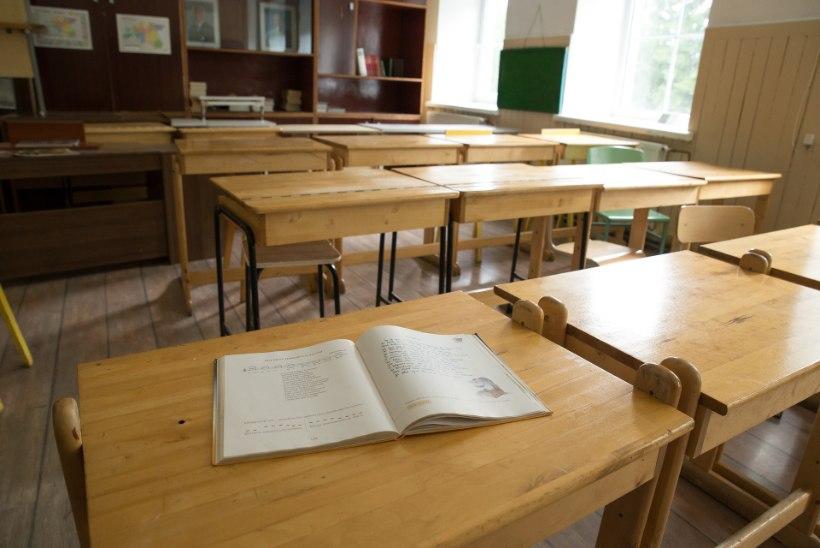 Ähvardav pilk, tunnisegaja hülgamine – just nii taltsutavad õpetajad rahutuid õpilasi
