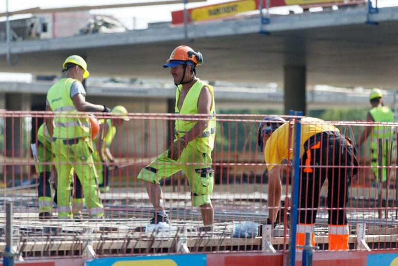 Ukraina ehitajate arv Eestis on nelja aastaga kümnekordistunud: me tahame ka elada!