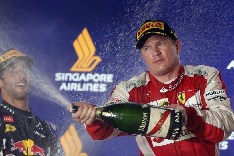 VIDEO | Purjakil Kimi Räikkönen üllatas Peterburi inimesi vene keelega