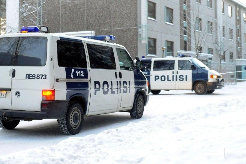Soomes tappis eestlaste paar rongijaamas rahvuskaaslase