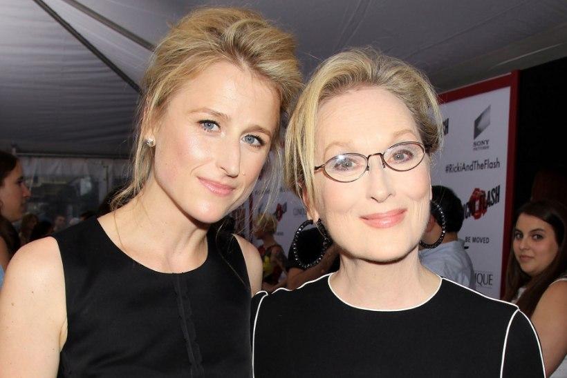 Kolmekordne Oscari-võitja Meryl Streep saab vanaemaks