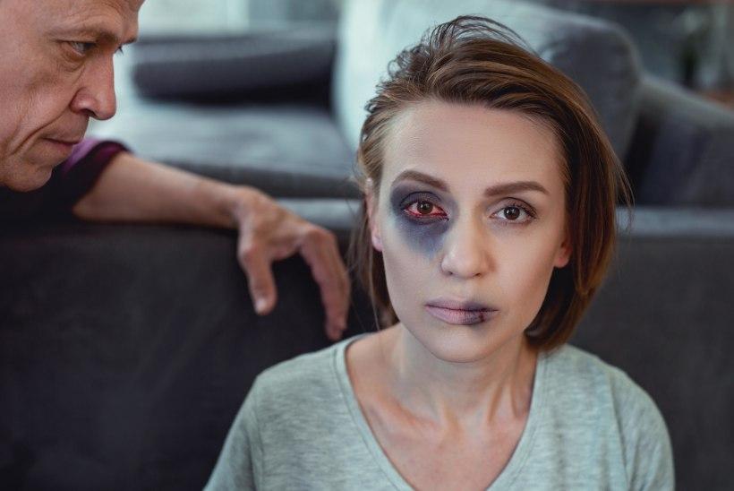 """""""Emme, ma mäletan, kuidas su näolt verd pühkisin."""" PEREVÄGIVALD: luumurrud olid naise jaoks viimane piir. Siis kutsus ta politsei"""