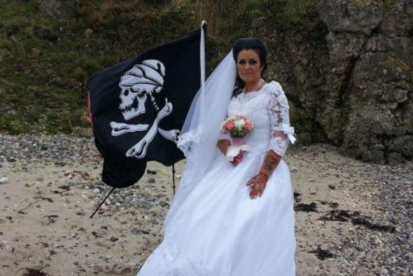 Kummitusega abiellunud naine soovib nüüd lahutust