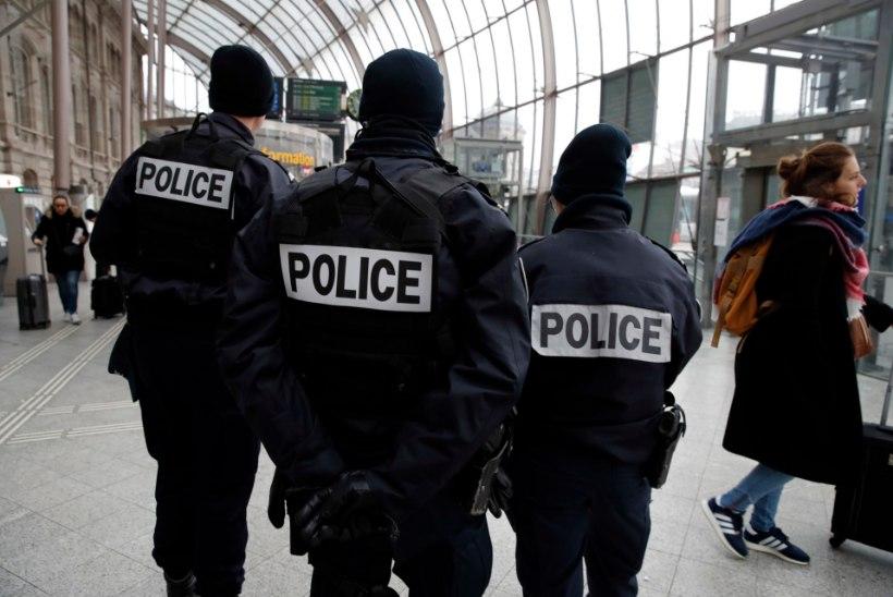 Välisministeerium: Prantsusmaal tõsteti julgeolekutase kõrgeimale astmele