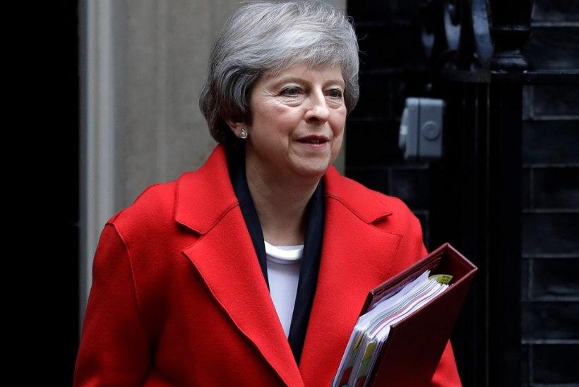 200 VS 117: Umbusaldushääletus Theresa May vastu kukkus läbi