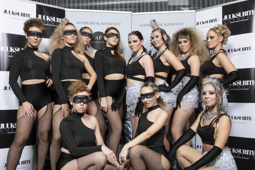 PILDID | Juukselaki, litrite ja särarohke soengugala tõi Tallinnasse kokku rekordarvu soengukunsti huvilisi