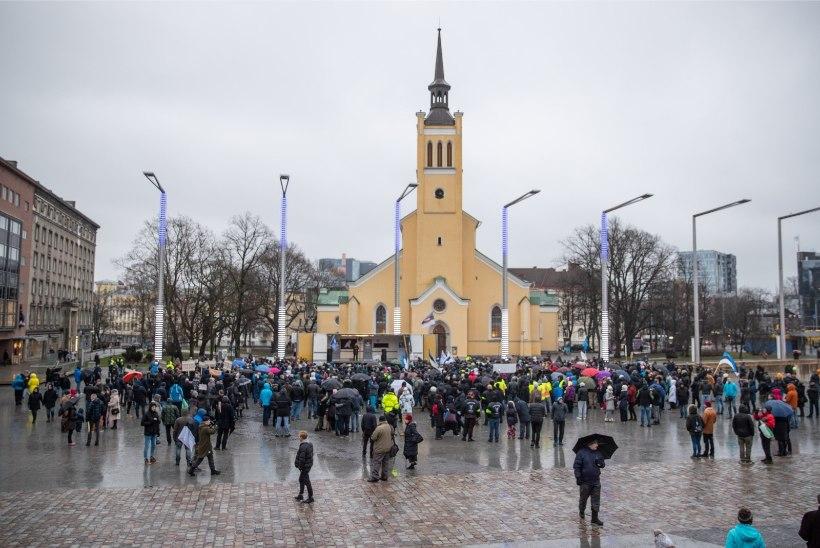 Mart Luik: Eesti 200 liikmete provokatsioon rändepakti vastasel meeleavaldusel oli madalaim punkt, mida me iial Eesti poliitikas näinud oleme