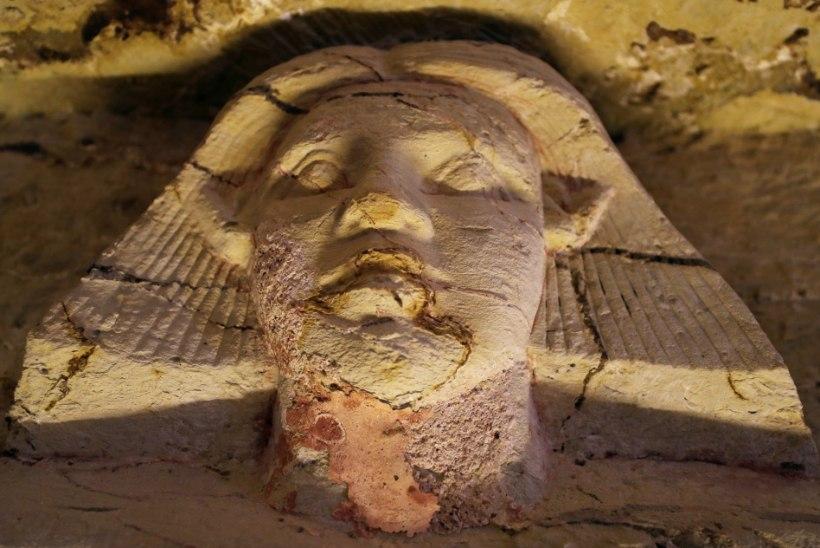 FOTOD | Egiptuses avastati 4400 aasta vanune hauakamber