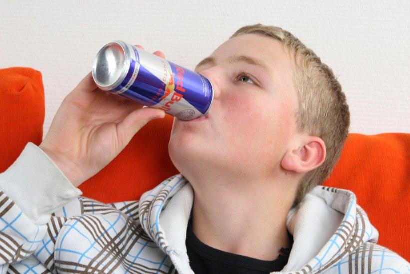 Tallink piirab jaanuarist energiajookide müüki lastele