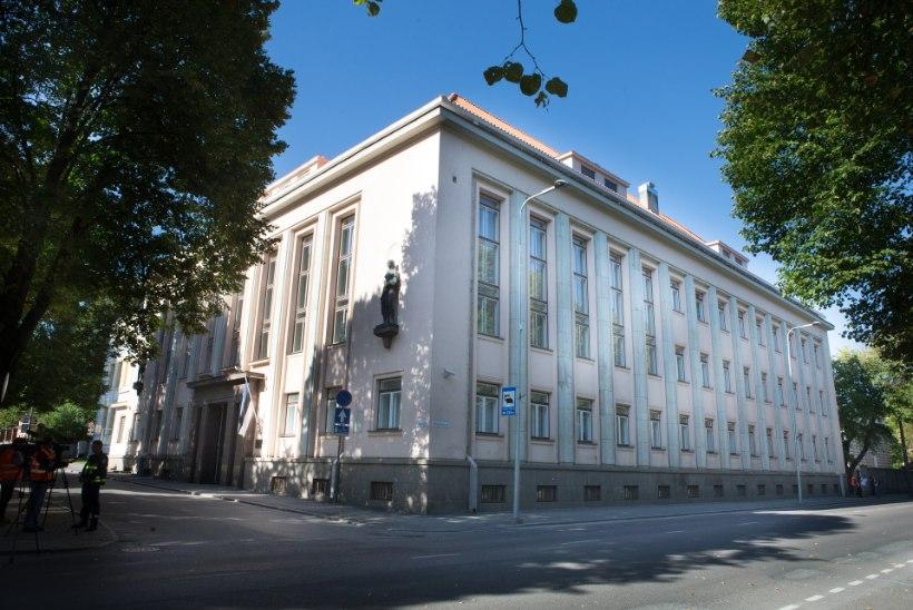 Hirmuga Tallinna: kantsleri all ägav haridusministeerium nihkub pealinna