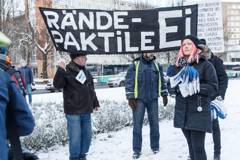 GALERII | Käputäis rändeleppe vastaseid marssis Toompealt välisministeeriumi ette piketile