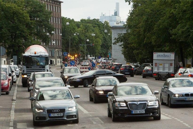 Aas: Tallinna ummikuid võiks parandada ummikumaks