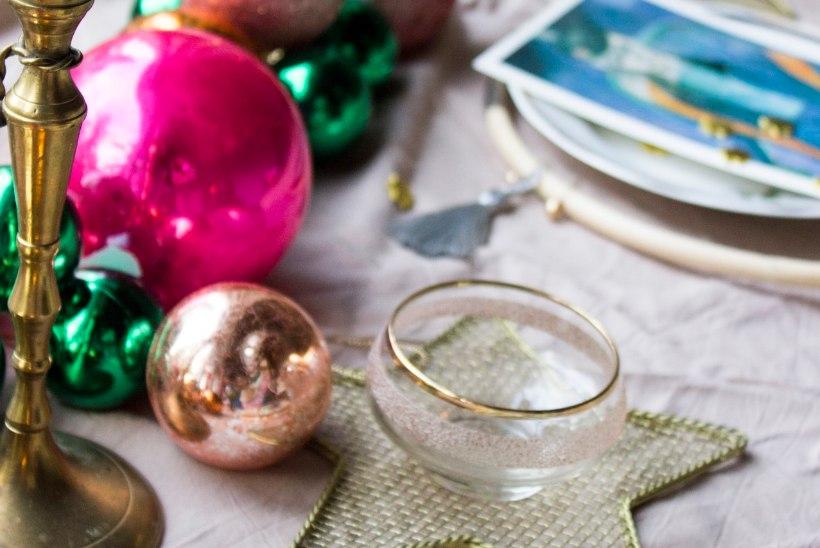 Jõulud on kohe käes! Siin on 9 nutikat nippi, kuidas luua värviküllane peolaud