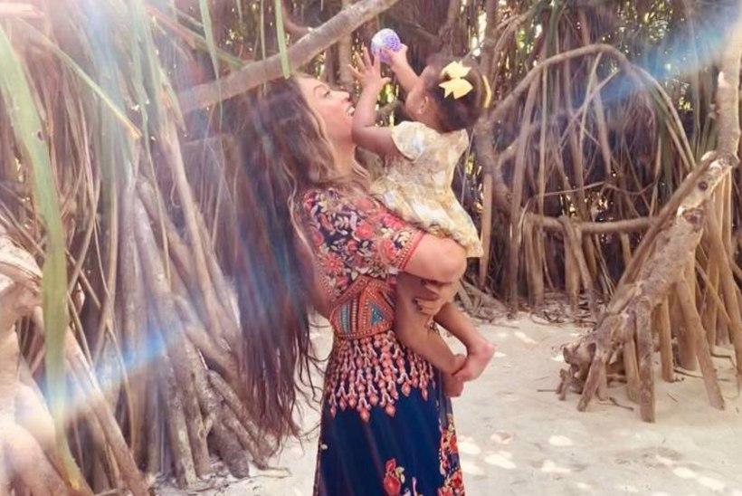 Beyoncé jagas uusi fotosid poolteiseaastastest kaksikutest Rumist ja Sirist