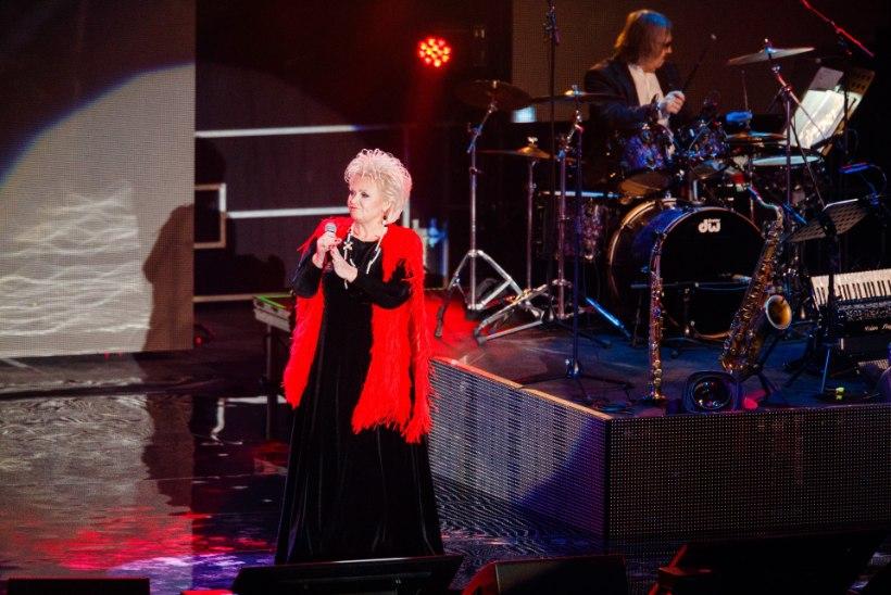 GALERII | Anne Veski andis kodupubliku ees suurejoonelise juubelikontserdi