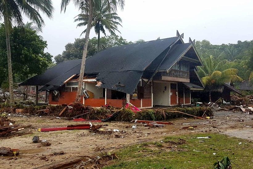 GALERII JA VIDEO   Indoneesia hiidlaine tõttu on hukkunud pea 400 inimest
