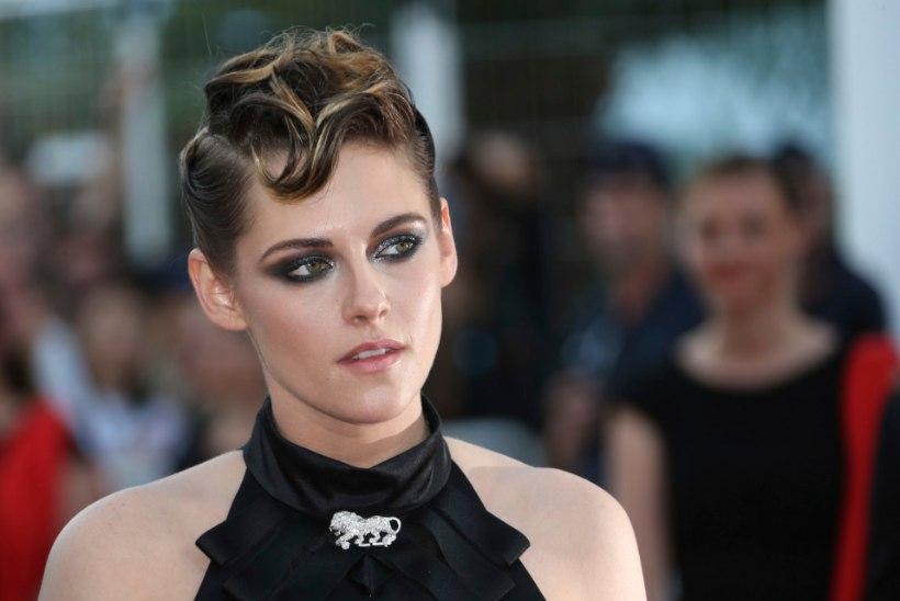 Näitlejanna Kristen Stewart liigub ringi uue pruudiga