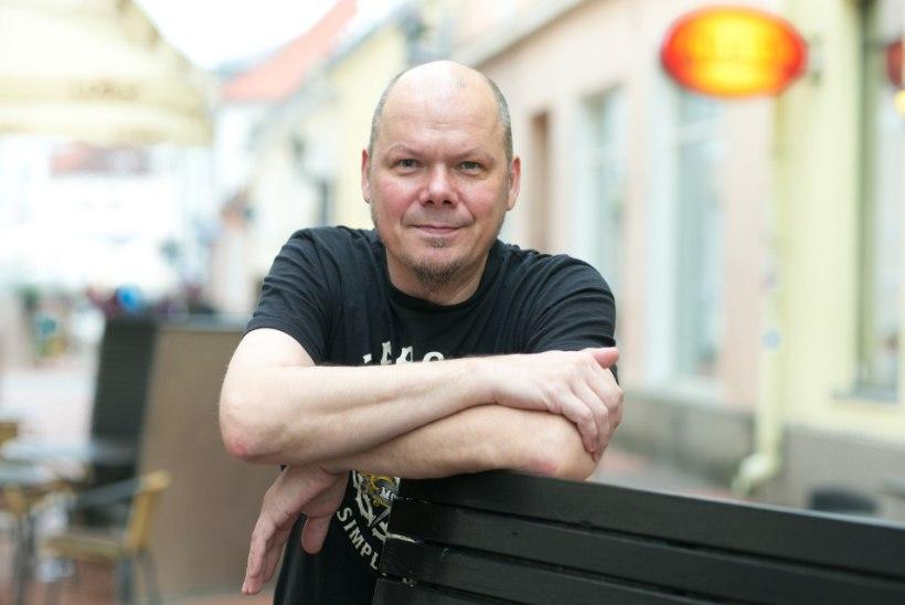 Peeter Jõgioja: Üllar laulis ühegi pretensioonita kaheksa tundi jutti, kuni viimane prominent ära vajus