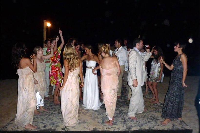 Ei olegi nii hea tüdruk! Meghan Markle jagas oma esimeses pulmas külalistele kanepit